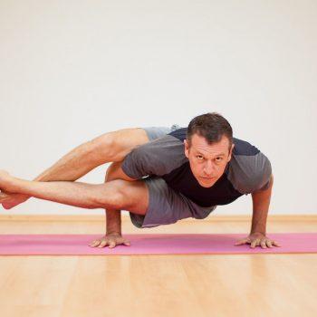 yoga_pria