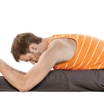 yoga_meluruskan-punggung