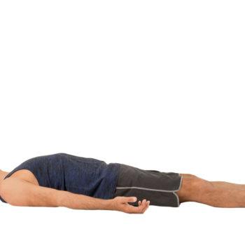 yoga_mayat