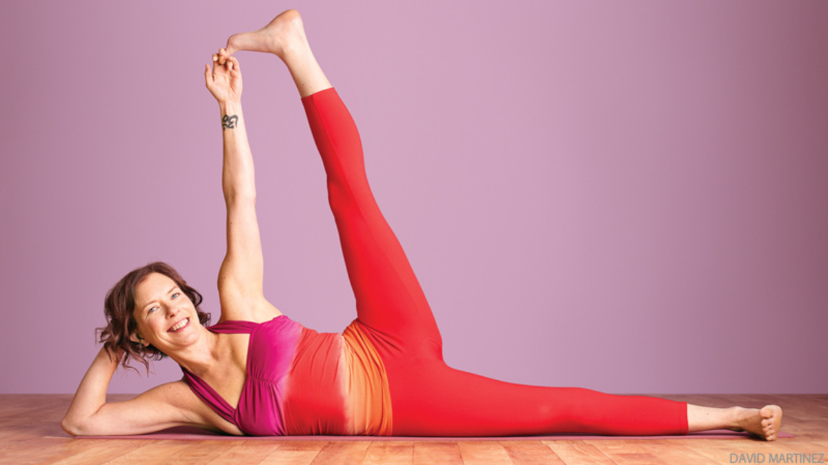 yoga-side-reclining-leg-lift