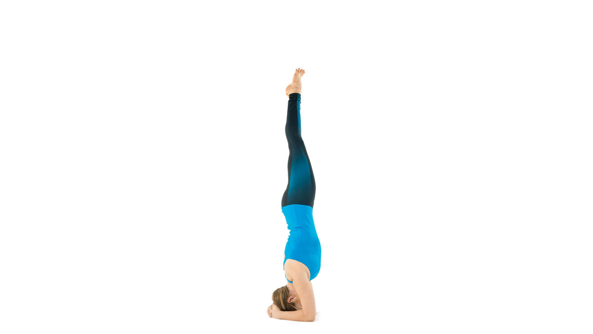 yoga-supported-headstand