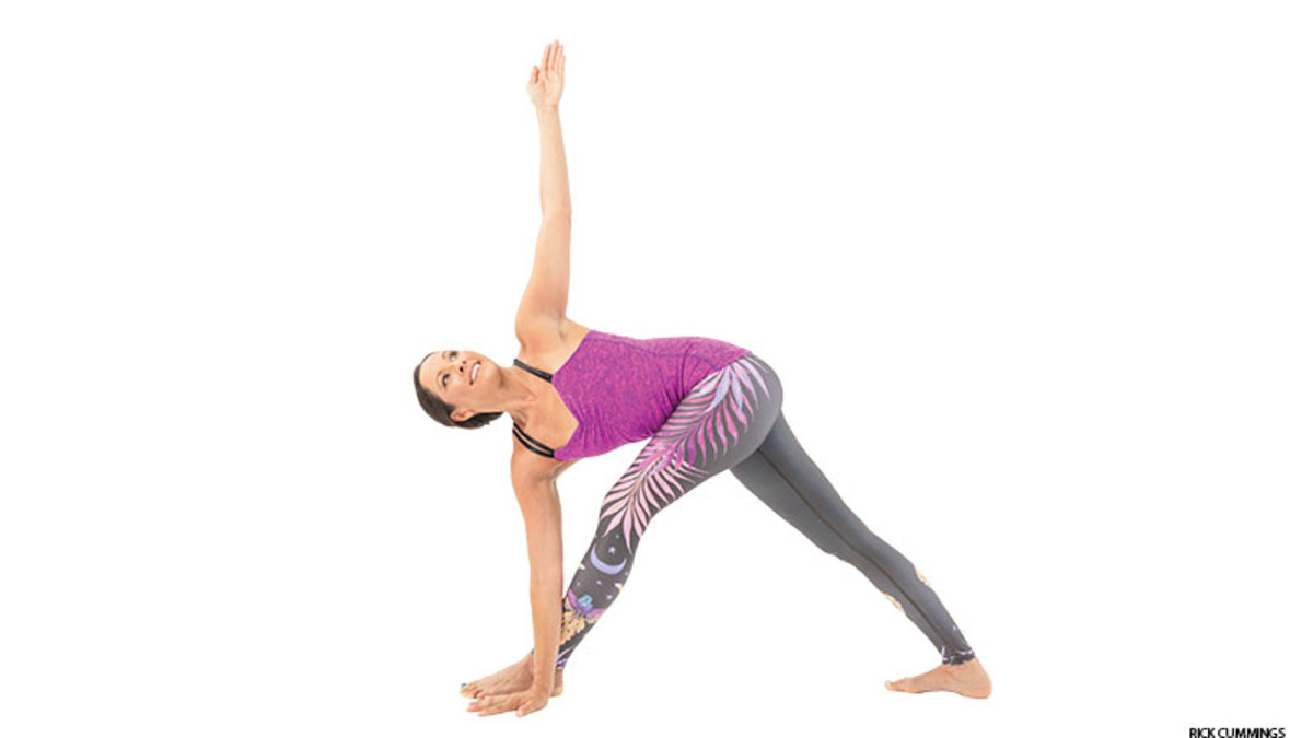 yoga_revolved_triangle