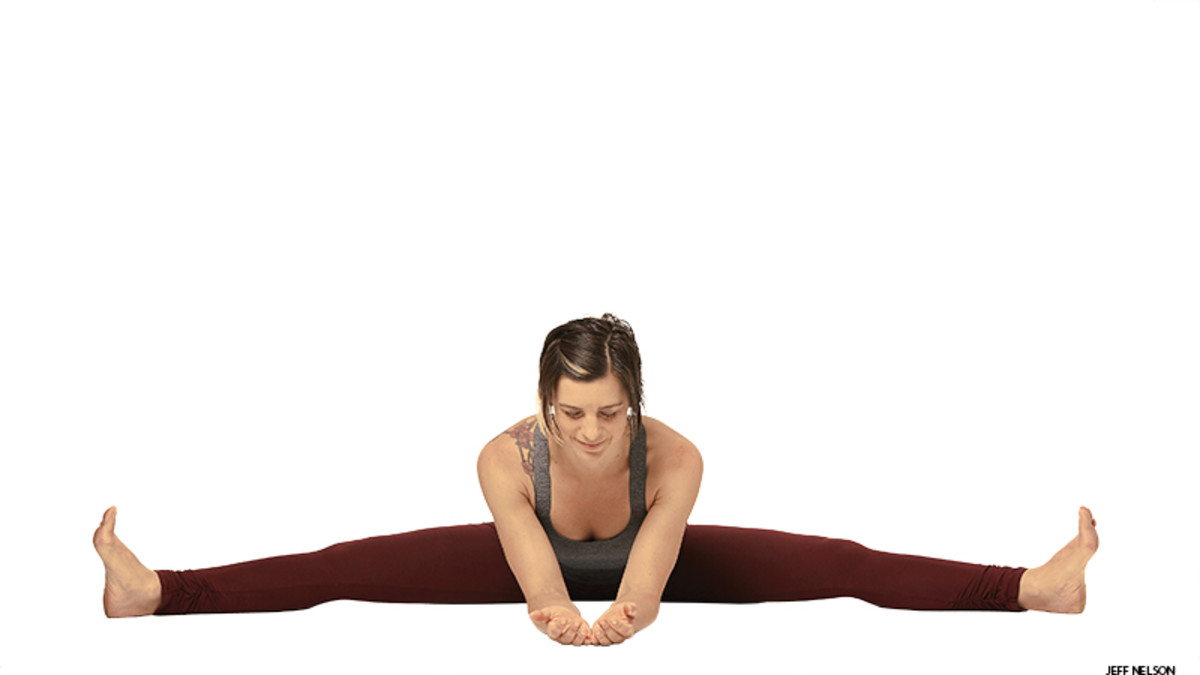 yoga_wide_angle_seated_forward_bend