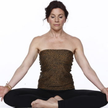 yoga_root_bond
